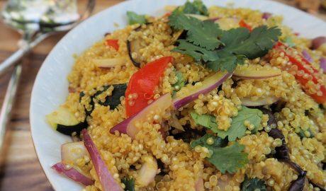 bezglutenska salata, kinoa, povrće, kockice zivota, kockice života