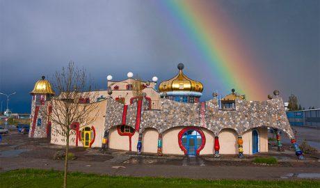 Markthalle Altenrhein na Bodenskom jezeru Friedrich Hundertwasser, arhitektura, arhitekta, umetnik, slikar, slikarstvo, Austrija, moderna arhitektura, kockice života, kockice zivota