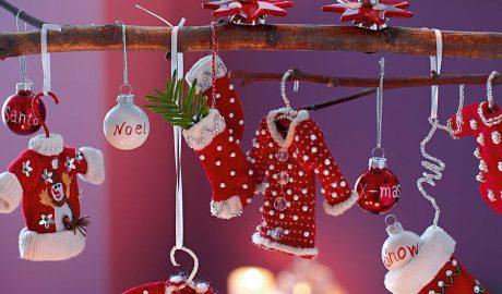 Nova godina, jelka, ukrašavanje, dekoracija, ukrasi, kockice života, kockice zivota