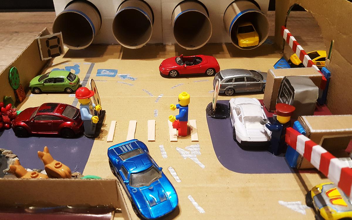Kartonska kutija kao dečija igračka – Magic World grad