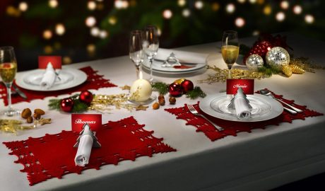 Dekoracija trpeze, praznik, trpeza, Nova godina, kockice zivota, kockice života
